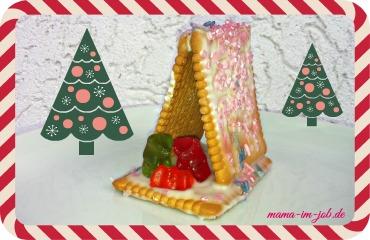 Kekskrippe als Tischdekoration oder weihnachtliches Mitbringsel.