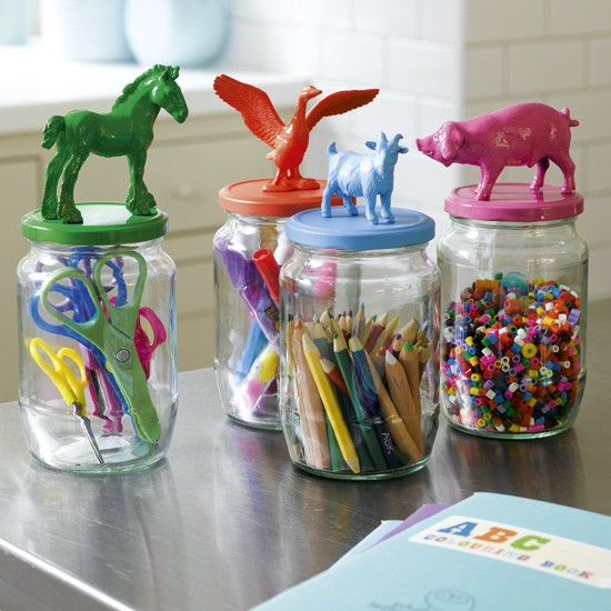 Aufbewahrung für Kleinteile im Kinderzimmer