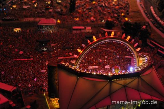 Festivalgelände im Miniatur-Wunderland bei Nacht