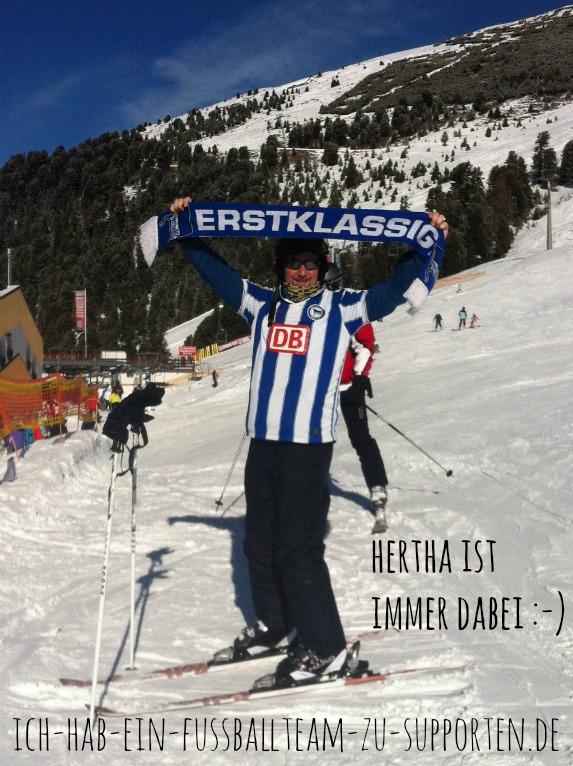 Hertha BSC ist auch auf der Piste mit dabei. Hochzeiger Mittelstation, Pitztal 2014