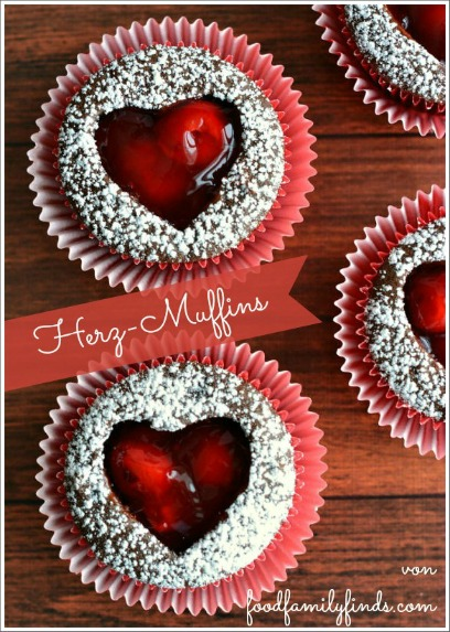 Herz-Muffins mit Kirschmarmelade