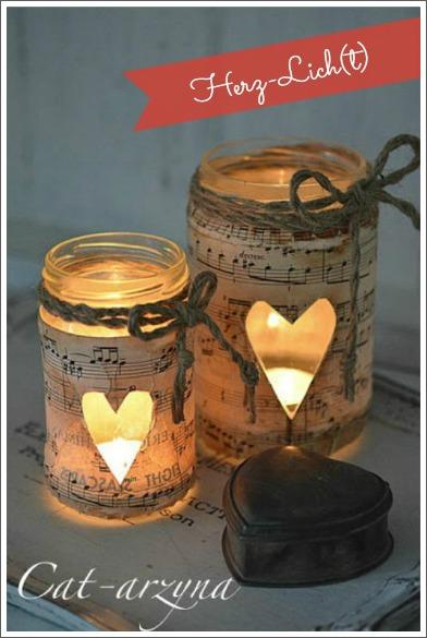 Romantische Herz-Windlichter mit Notenpapier