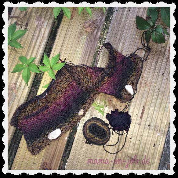 Der Mädchenmantel im Anfangsstadium. Die (zufällig) dunkel abgesetzten Tascheneingriffe sindhier gut zu erkennen. Foto: Petra A. Bauer