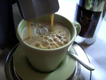 Hat auch wichtige soziale Funktion: Die Kaffeepause in der Büroküche.