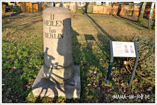 Meilenstein an der Ruppiner Chaussee in Berlin-Heiligensee. Foto: Petra A. Bauer 2015