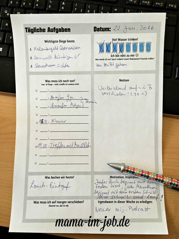 Hier könnt ihr nicht nur eure To-Do-Liste aufschreiben, sondern auch kontrollieren, wie viel ihr schon getrunken habt.